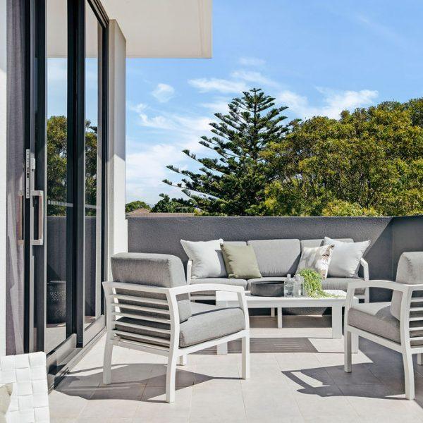 Omnia Cronulla private master balcony